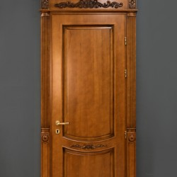 Դռներ - Հաճարի փայտ 1